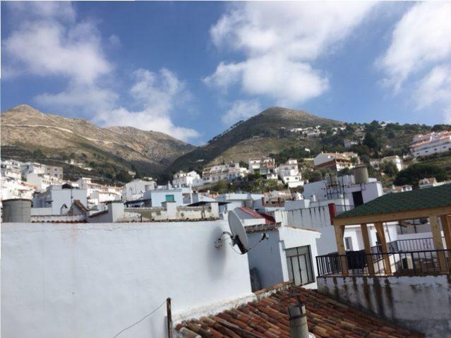 Uitzicht vanaf terras bij vakantiehuis Spanje voor 6 personen